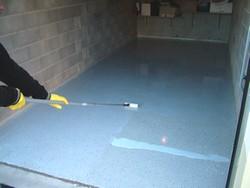 La r sine de sol liquiroc for Peinture de sol pour garage